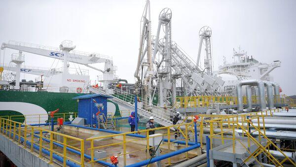 Tanker Prospekt Mendělejeva pro přepravu LNG - Sputnik Česká republika