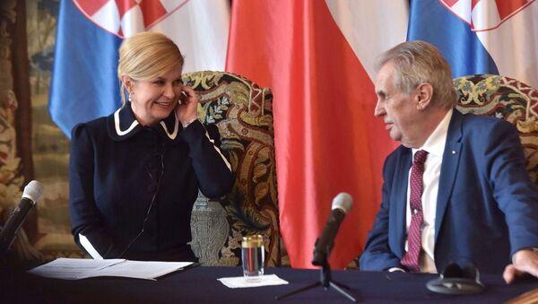 Prezident Miloš Zeman se setkal s chorvatskou prezidentkou Kolindou Grabarovou Kitarovičovou na Pražském hradě - Sputnik Česká republika