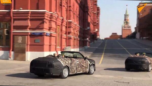 Působivá auta: Premiéra parádních kabrioletů ke Dni vítězství v Moskvě - Sputnik Česká republika