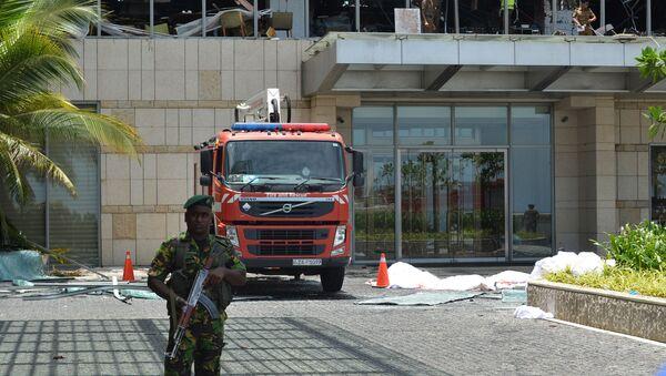 Policisté na místě výbuchu. Srí Lanka - Sputnik Česká republika