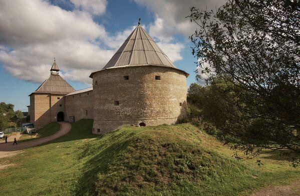 Vratná a Klimentovská věže Staroladožské pevnosti, která byla postavena pravděpodobně za časů knížete Olega Moudrého na rozhraní IX a X století. - Sputnik Česká republika