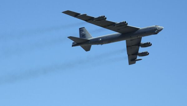 Americký strategický bombardér B-52 - Sputnik Česká republika