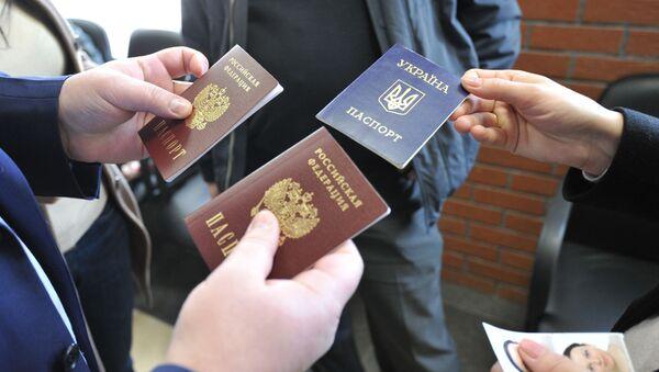 Vydej ruských pasů - Sputnik Česká republika