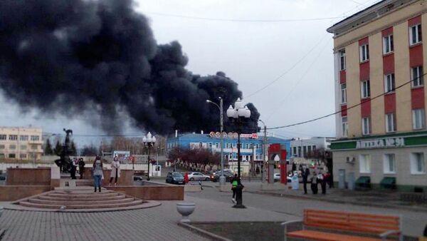 Požár ruského závodu v Krasnojarsku - Sputnik Česká republika