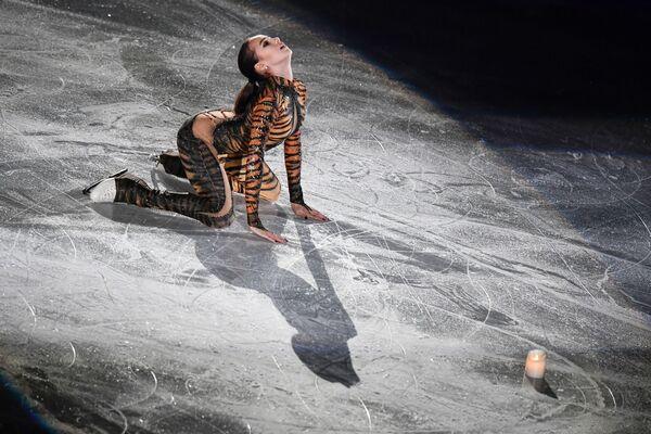Píseň ledu. Tyto skandální kostýmy krasobruslařů vyvolaly rozruch na mistrovstvích! - Sputnik Česká republika