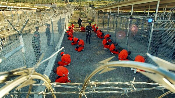 Vězni v táboře X-Ray, který se nachází uvnitř věznice Guantánamo na Kubě - Sputnik Česká republika