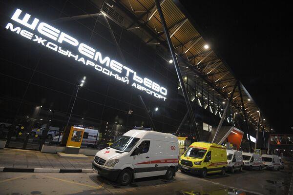 Sanitky na letišti Šeremetěvo, Moskva, 5. května 2019 - Sputnik Česká republika