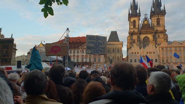 Milion chvilek pro demokracii protestuje - Sputnik Česká republika