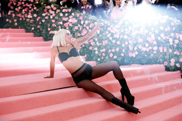 Zpěvačka a herečka Lady Gaga na Met Gala 2019 v New Yorku - Sputnik Česká republika