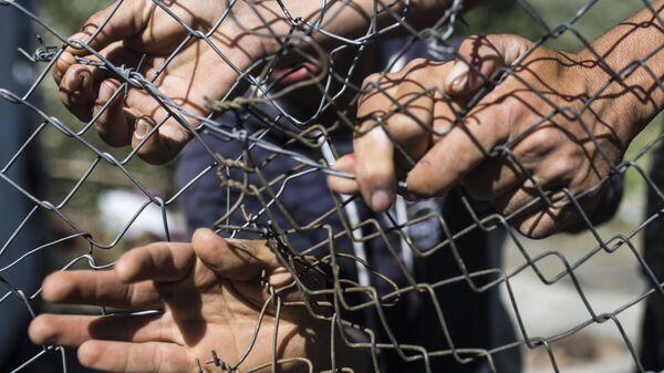 Migranti v uprchlickém táboru Moria v Řecku - Sputnik Česká republika
