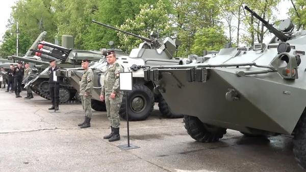 Baltské loďstvo slaví 316. výročí. Záběry z vojenské přehlídky ukazující sílu ochrany hlavních evropských bran Ruska (VIDEO)  - Sputnik Česká republika