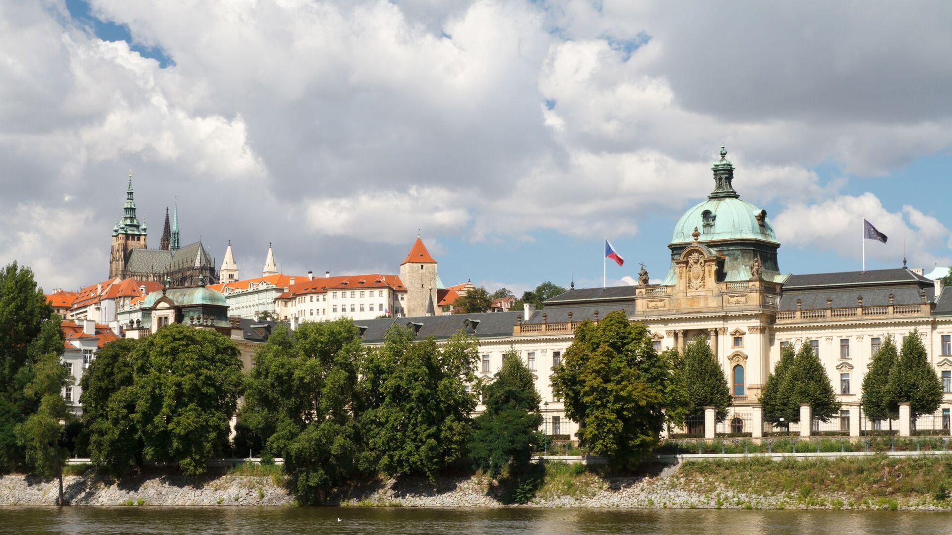 Pohled na Strakovu akademii, kde sídlí česká vláda - Sputnik Česká republika, 1920, 02.06.2021