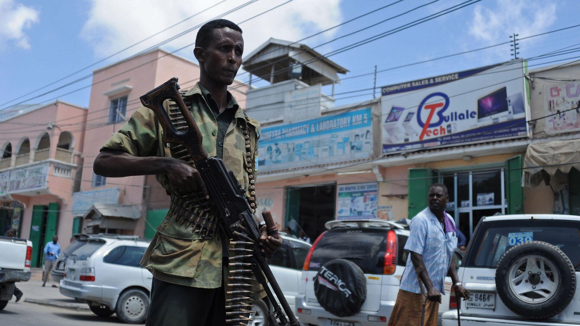 Síly federální somálské vlády hlídkují v ulicích Mogadišu - Sputnik Česká republika, 1920, 25.09.2021